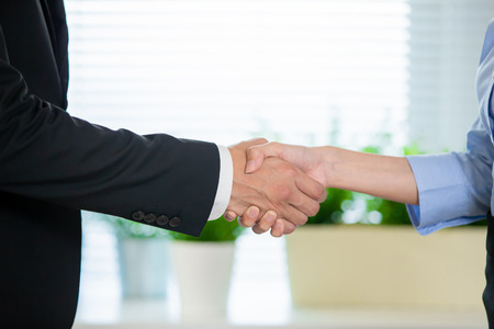 business people handshake after a successful job interview Imagens - 122692671