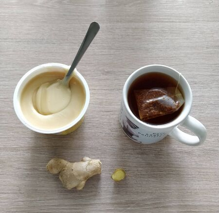 Honey, ginger and a cup of tea for flu