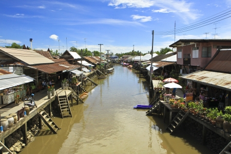 amphawa: Amphawa floating market with peaceful