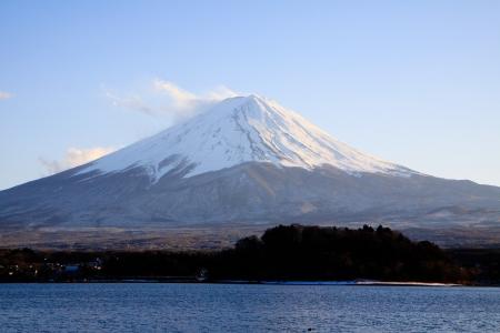 kawaguchi ko: Fujisan from Kawaguchiko in winter of Japan