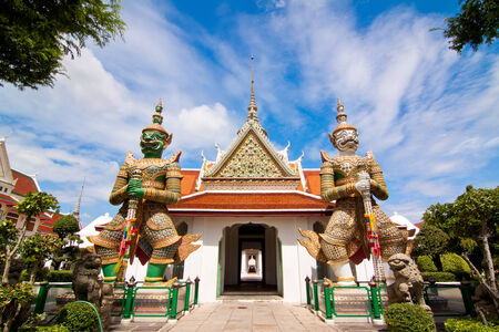 Wide view at front of Arun temple in Bangkok, Thailand photo