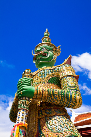 power giant: Giant temple statue with green face