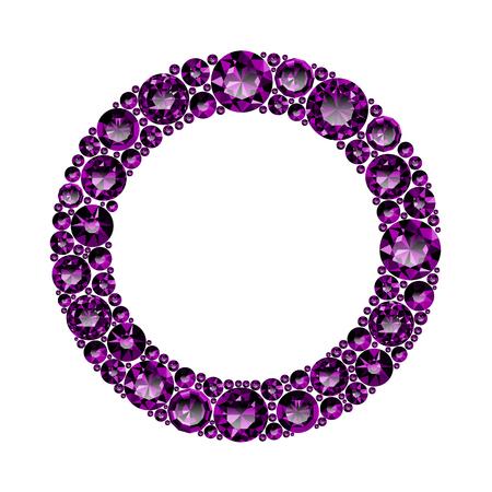 Cadre rond fait d'améthystes violettes réalistes avec des coupes complexes isolées sur fond blanc. Bijou et bijoux. Gemmes et pierres précieuses colorées. Magna, royal, zinnia, piège, unique, suisse, sphère, zircon