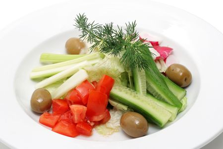 Legumbres y hortalizas en un plato blanco más aisladas.  Foto de archivo - 3083416