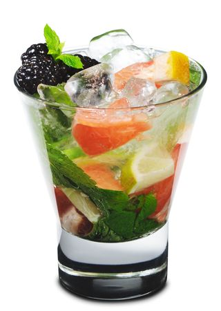Cocktail - Mojito with Fresh Berry and Grapefruit Slice Stock Photo - 4958316