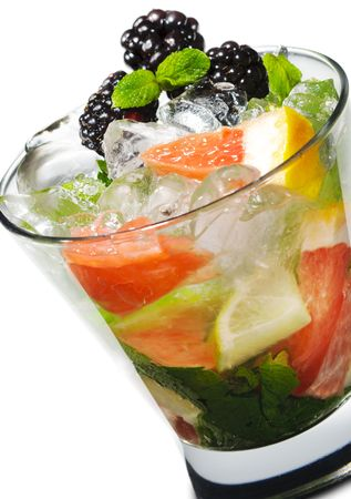 Cocktail - Mojito with Fresh Berry and Grapefruit Slice Stock Photo - 5123242