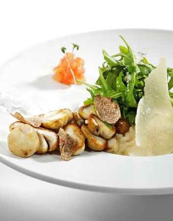 cepe: Risotto with Rucola, Tartufo Bianco (White Truffle) and Porcini and Tomato Stock Photo