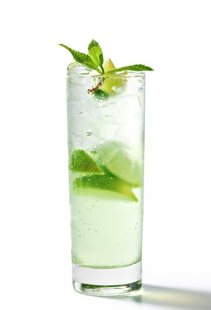 Freshness Cocktail with Mint, Ice and Lime Stock Photo - 7273689
