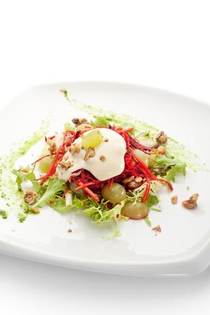 ensalada rusa: Ensalada de remolacha y zanahoria con crema agria Hecho en casa