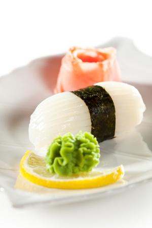 petoncle: Cuisine japonaise - Sushi Nigiri Pétoncle au gingembre et wasabi