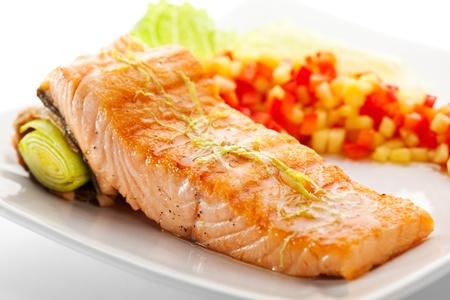pescado frito: Salmón Steak Foto de archivo