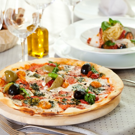 Pizza Dinner Stock Photo - 12466573