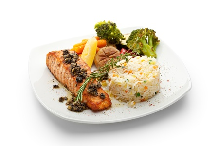 grilled salmon: Grilled Salmon with Vegetables and Rice