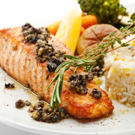 salmon dinner: Grilled Salmon with Vegetables and Rice