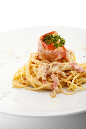carbonara: Traditional Spaghetti with Bacon and Cheese