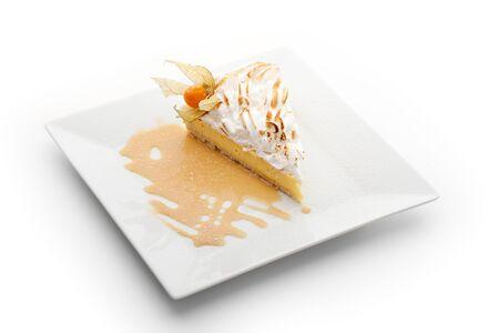 pie de limon: Postre - Rebanada de pastel de limón con crema batida