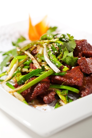 spring onion: Chicken Cuisine - Fried Beef with Onions and Chinese Spice