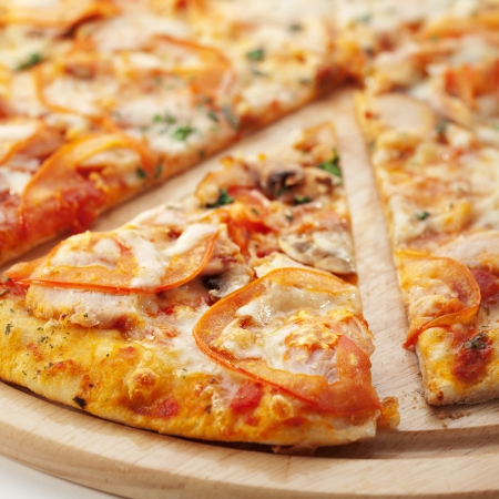 pizza slice: Pizza with Mozzarella, Bacon and Mushrooms