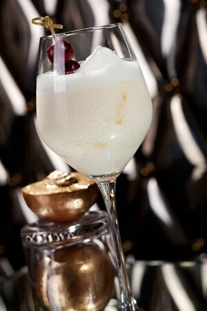 collins: White Collins Cocktail with Golden Peach