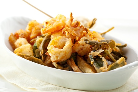 quid: Stir Fried Seafood with White Sauce
