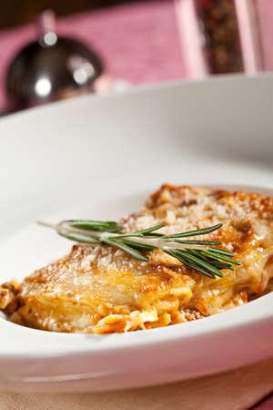 İtalyan mutfağı: İtalyan Mutfağı - lazanya Bolognese Stok Fotoğraf