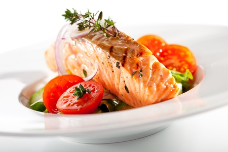 grilled salmon: Warm Salad with Salmon Steak