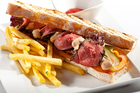 tuna mayo: Tuna Sandwich Garnished with Fries and Sauce