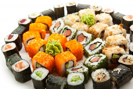 sushi plate: Different Types of Maki Sushi