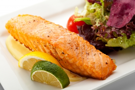 grilled salmon: Grilled Salmon with Fresh Salad Leaf Stock Photo