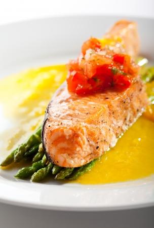 Salmon Steak with Asparagus and Lemon Sauce photo