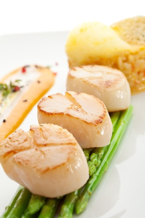 Scallop with Asparagus and Risotto photo