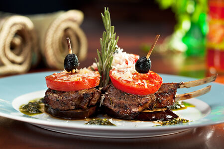 Grilled Rack of Lamb with Tomatoes and Pesto photo