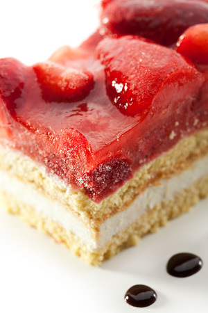 shortcake: Strawberries Cake with Chocolate Topping