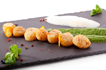 Scallop with Spinach Sauce and Parmesan Cheese photo
