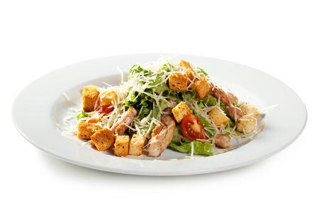 Caesar Salad mit Hähnchenfilet Standard-Bild - 31476385