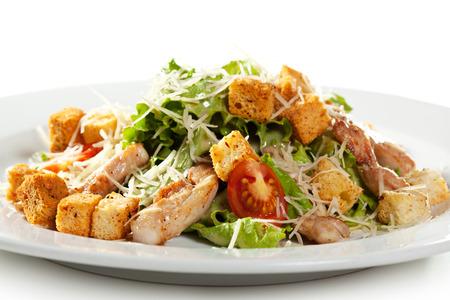 ensalada cesar: Ensalada César con filete de pollo