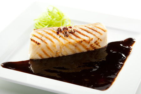 seabass: Lubina a la plancha con salsa de bals�mico