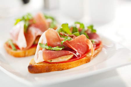 bruschetta: Bruschetta with Parma Ham and Parmesan Cheese