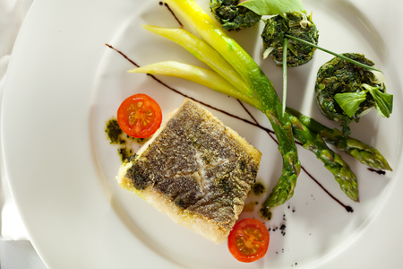 halibut: Halibut Fillet with Asparagus and Spinach