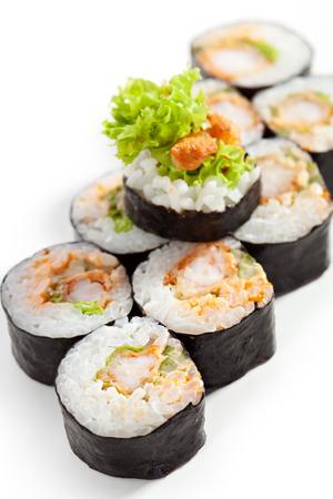 camaron: Cocina Japonesa - Sushi Roll con profunda camarones fritos insisde Foto de archivo