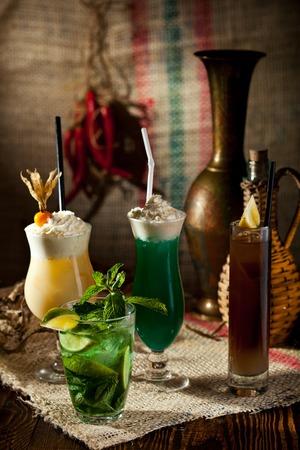 frescura: Varios C�cteles sin alcohol Frescura Foto de archivo
