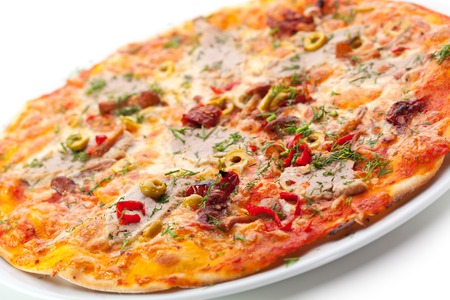 carnes y verduras: Pizza with Meats, Vegetables and Mushrooms