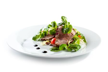 food dish: Salad with Sliced Beef and Cherry Tomato