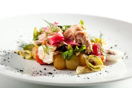 seared: Salad Nicoise with Seared Tuna Stock Photo