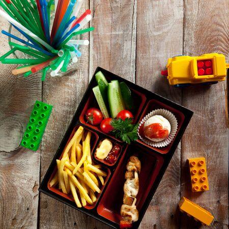 bento: Kids Food in a Box (Bento)