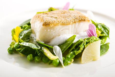 野菜とソースのオヒョウ ステーキ 写真素材