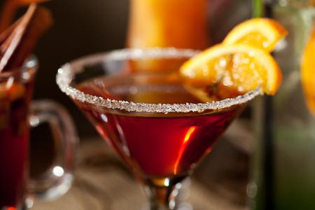 frescura: Cocktail alcohólico con un representante. Enfoque diferencial