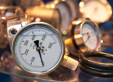 Manometric Thermometer, pressure sensor closeup Banque d'images