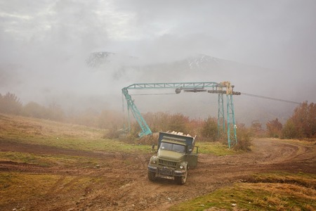 Trucks passing through some of the highest pass of the world, Archivio Fotografico
