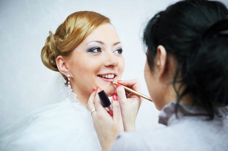 bridal makeup: Bridal make-up in the morning of wedding day